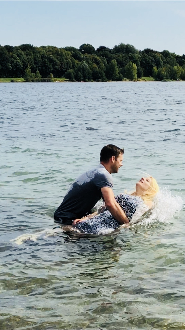 Der Glaubenstaufe folgt die Wassertaufe