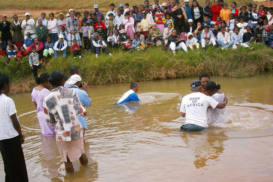 3000 Menschen wurden getauft